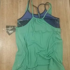 Champion Tops - C9 Champion Duo Dry Tip with attached sports bra